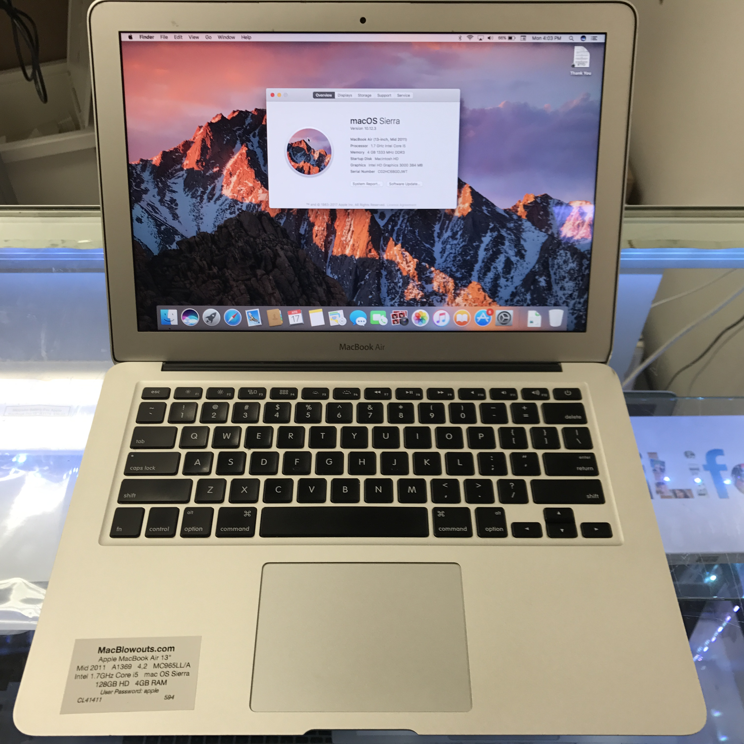 apple macbook air 13 intel 1 3ghz core i5 128gb hard drive 4gb ram early 2014 md760ll b. Black Bedroom Furniture Sets. Home Design Ideas